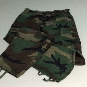 Other - Camouflage cargo pants size waist 27-31.
